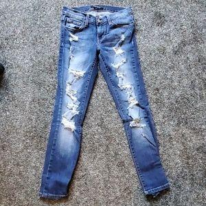 Destructed ankle skinny Flying Money Jean